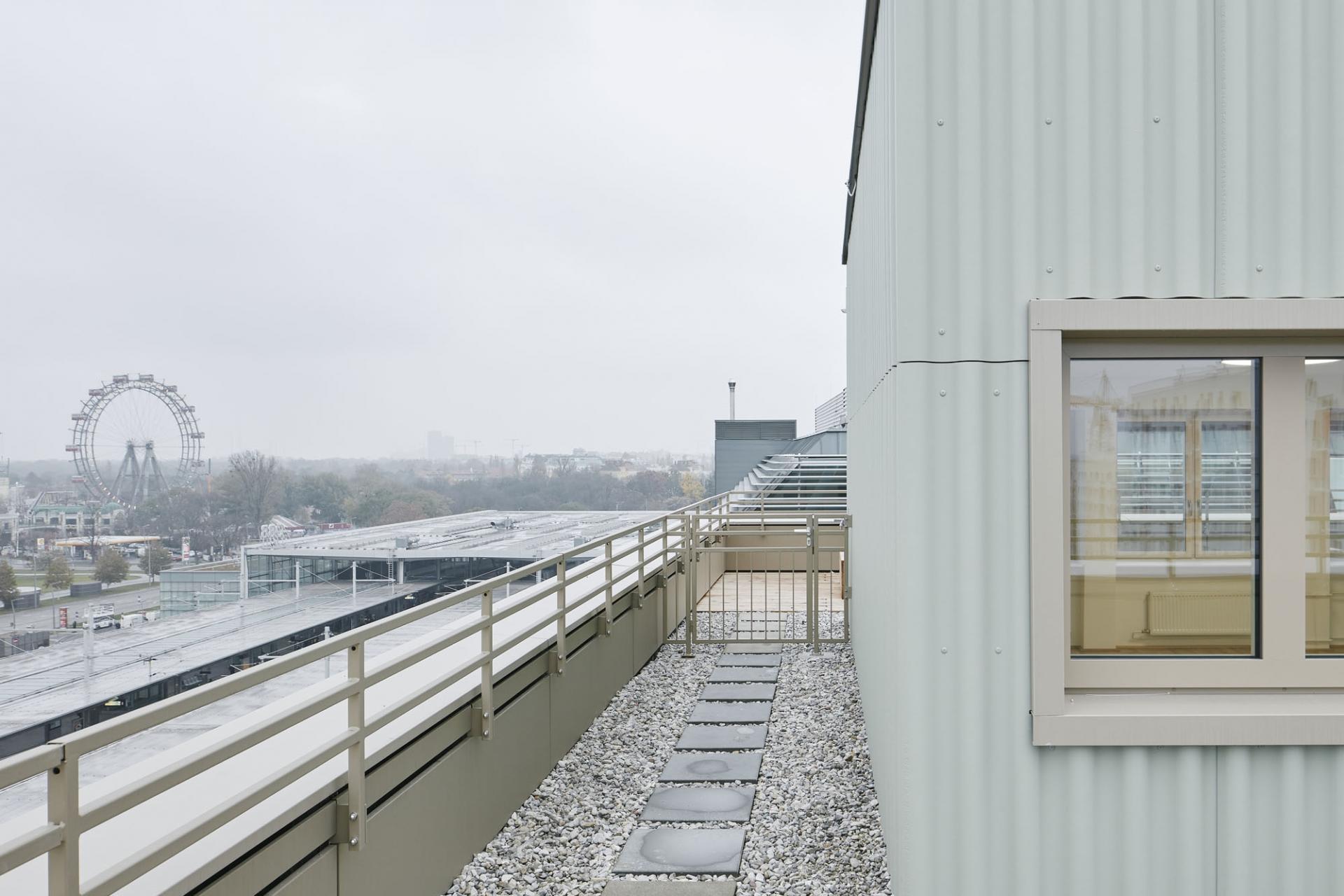 Schenker Salvi Weber Revitalisierung ÖBB Bürohaus Praterstern